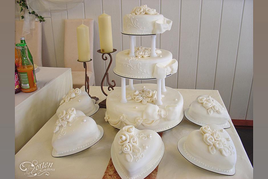 Hochzeitstorten Schlidt De Hochzeitstorten Saulenstander