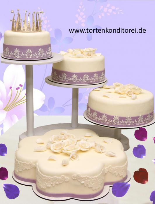 Torte 12 Tortengrößen ca.: 26, 22 und 18 cm, je nach Schnittgröße ...